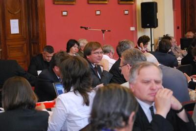 Plenáris ülés